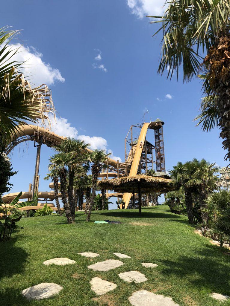 Aqualandia parco acquatico scivoli